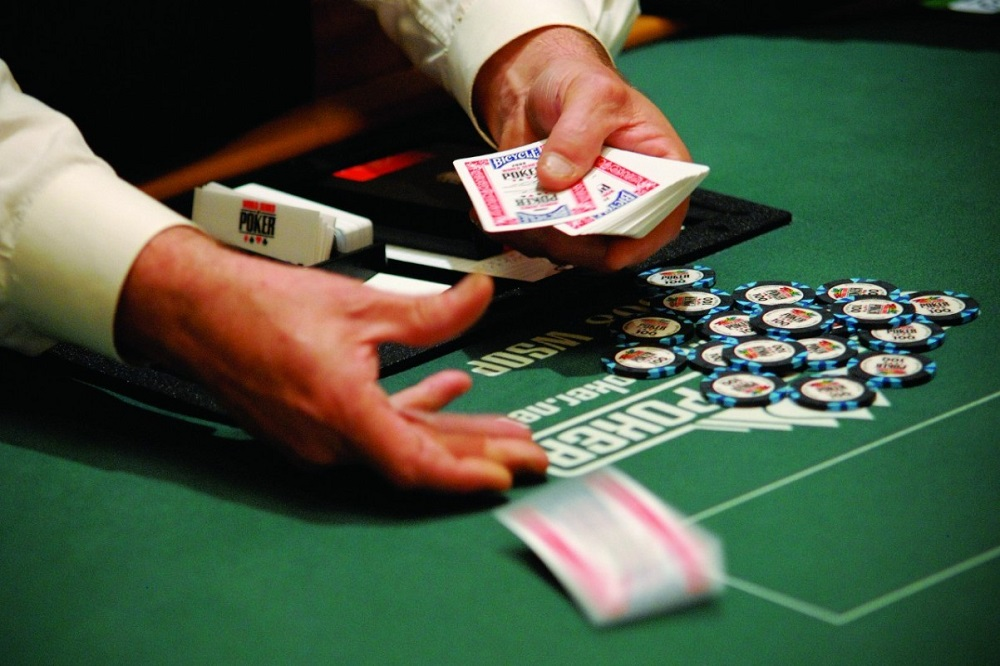How to be a Poker Dealer - Guest Post, Retired - Your Poker Dealer Blog